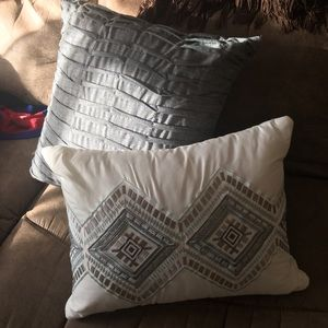 Set of 2 Small Accent Pillows